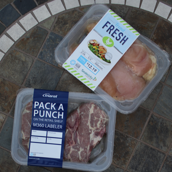 Chicken and beef in linerless label trays